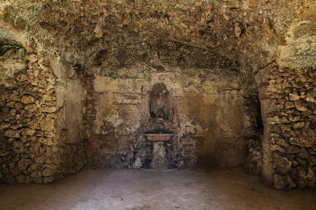 giardino-giusti-grotta