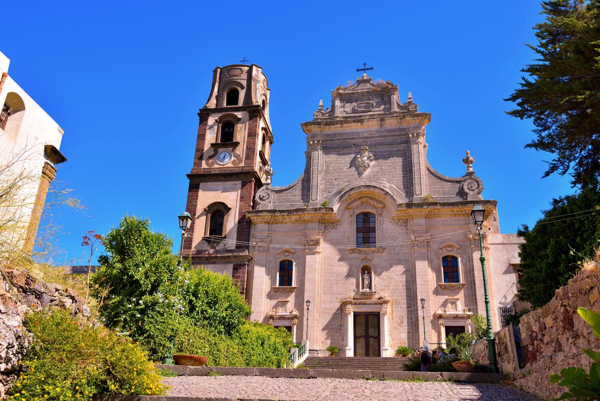 chiesa di san bartolomeo a stromboli