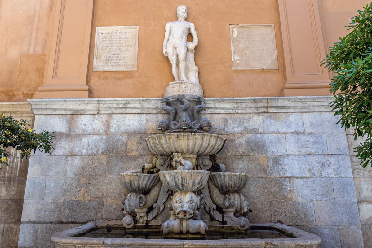 fontana di saturno trapani